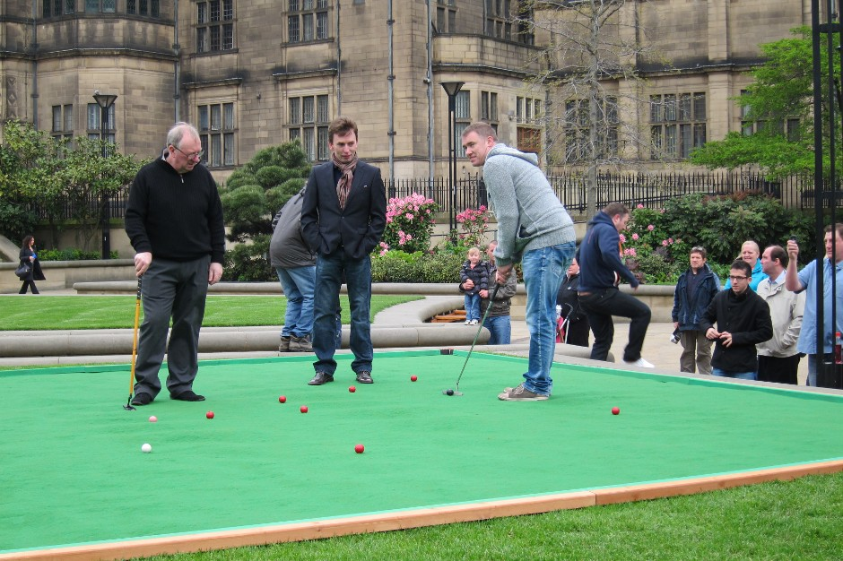Finally, I get to see Stephen Hendry making a shot in Sheffield…